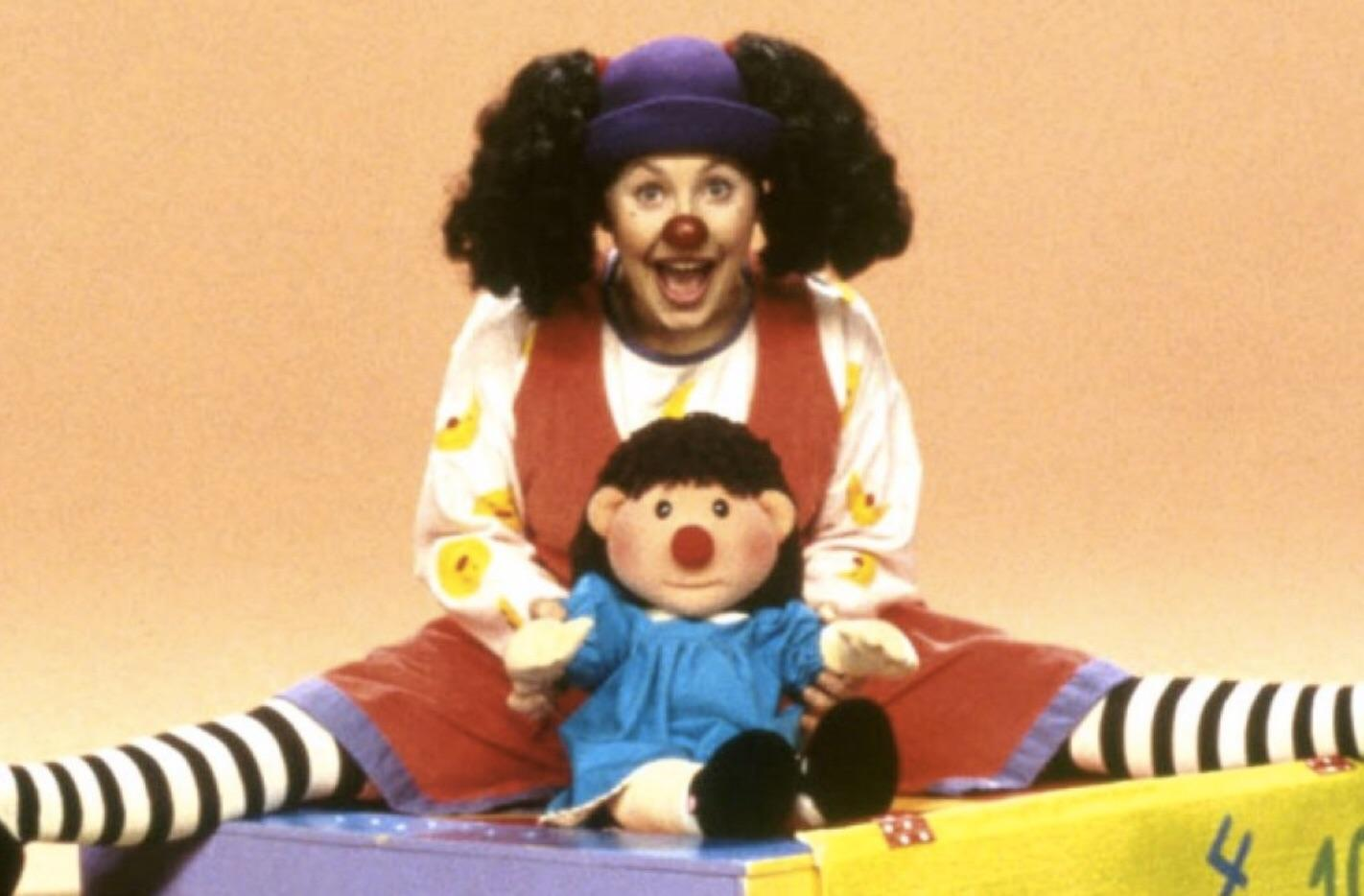 Big Couch Clown The Big Comfy Couch Molly Was My Favorite Nostalgia
