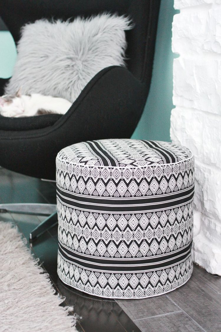 Rustic Upholstery Fabric 29 Comfortable Diy Poufs And Ottomans - Shelterness