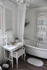 26 Adorable Shabby Chic Bathroom Dcor Ideas - Shelterness