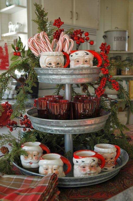 26 Cozy Christmas Kitchen Décor Ideas - Shelterness - christmas kitchen decor