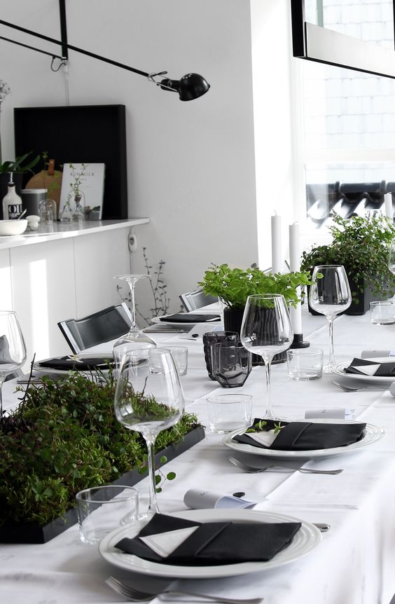 Tischdeko Hochzeit Grau 21 Modern Christmas Table Settings To Get Inspired