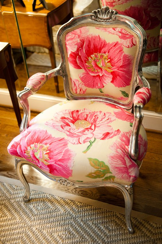 Occasional Tables 20 Timeless And Chic Floral Print Upholstery Ideas