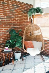 20 Hanging Wicker Chairs For A Vacation Vibe - Shelterness