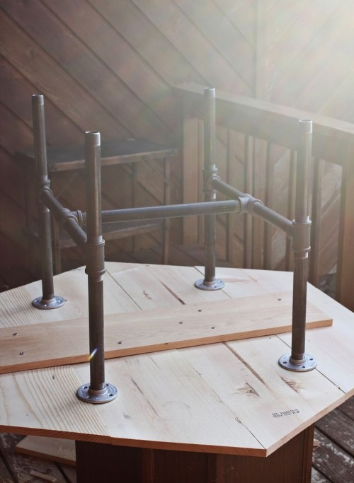 Wine Rack Industrial Diy Pipe Legs Table - Shelterness
