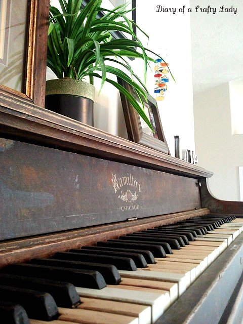 Unusual Diy Shelf Of An Old Piano Shelterness