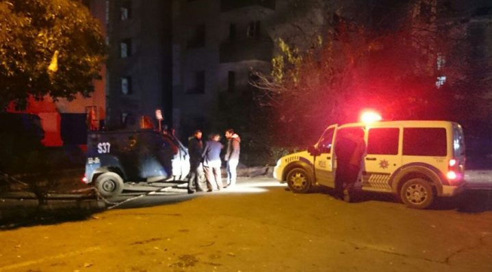 Bağcılar'da yanmış ceset bulundu Belediye 'ilgimiz' yok dedi!