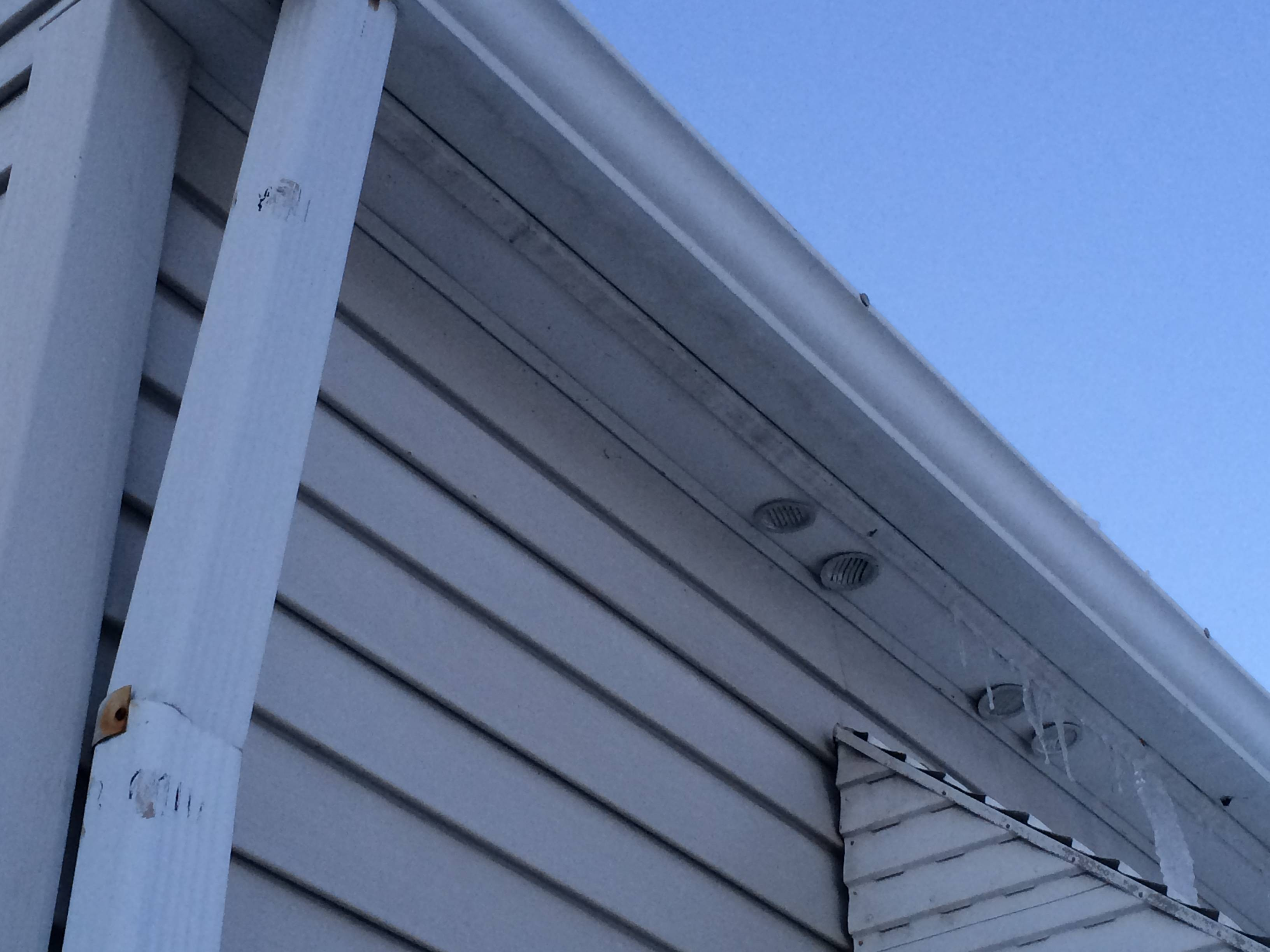 Vent bathroom fan to soffit -  Soffit Vent Bathroom Fan Download