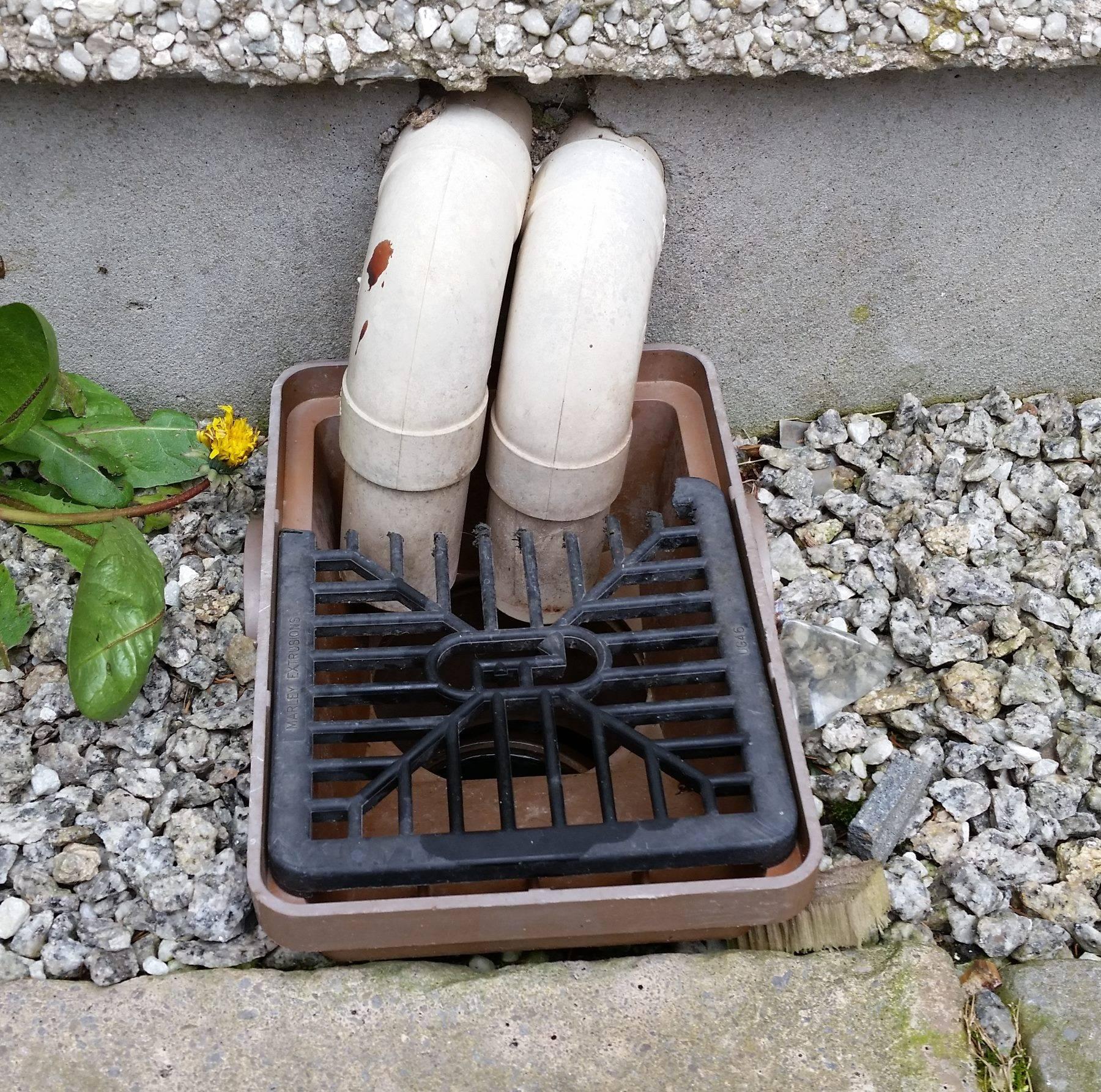 wind from kitchen sink drainage pipe kitchen sink drain diagram Drainage pipe is not sealed