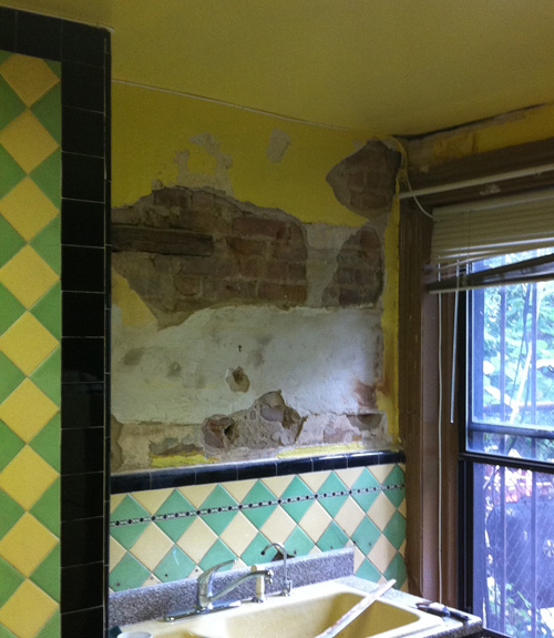 Brick Kitchen Cabinets Sealing - How To Seal And Paint A Rough Plaster And Brick