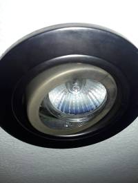 How to change recessed lighting with GU10 light bulb ...