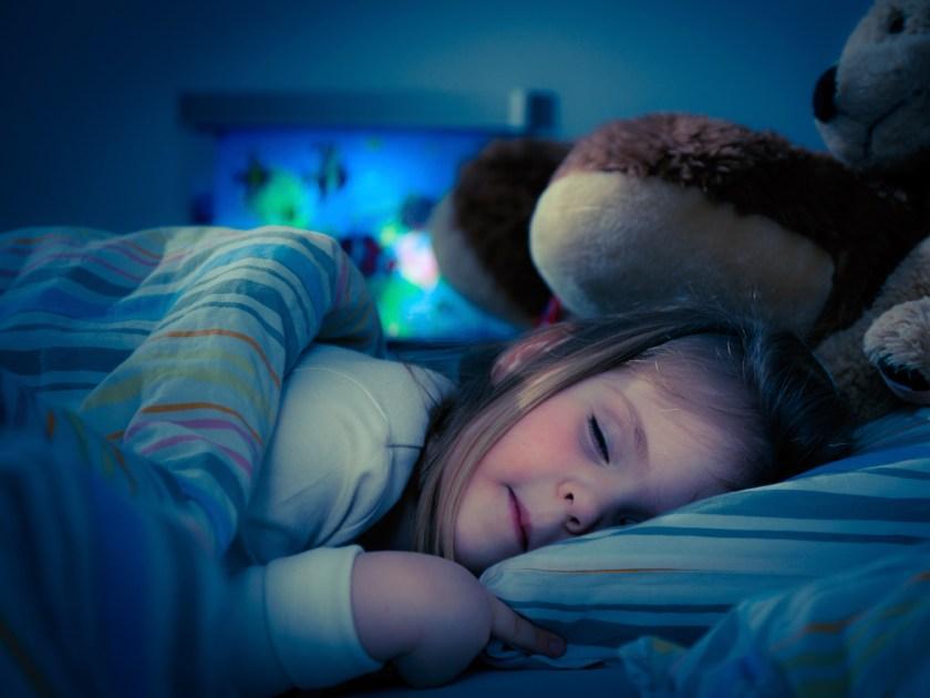 Sleeping Baby Girl Wallpaper Sommeil Mon Enfant Se R 233 Veille La Nuit Parents Fr