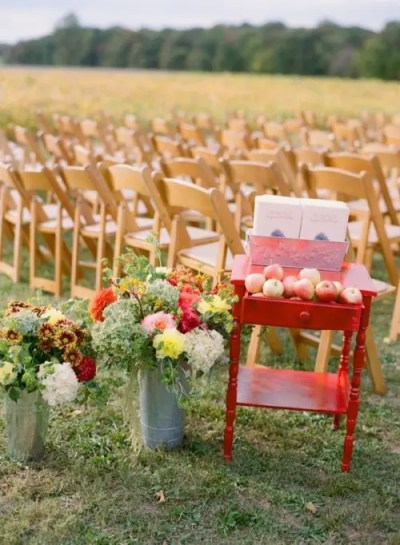 36 Awesome Outdoor Décor Fall Wedding Ideas - Weddingomania