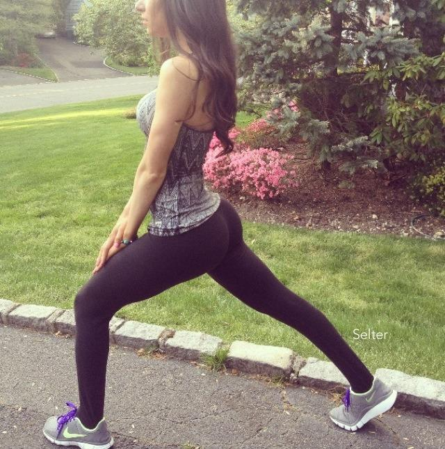 Cute Little Girl Playing Bubble Wallpaper Jen Selter Know Your Meme