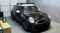 2011 Mini Cooper with Thule 480R Traverse Black AeroBlade ...