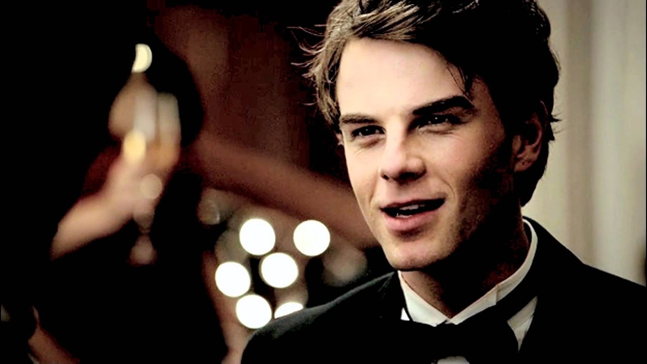 Family Quotes Wallpaper Hd Tvd Kol Mikaelson Sexy Back Youtube