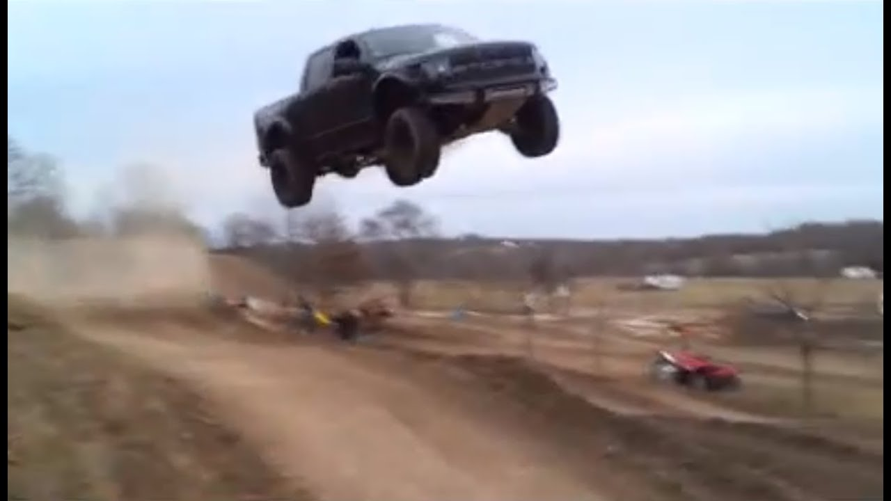 Falling Weed Live Wallpaper Ford Raptor Jumps 90 Feet Youtube