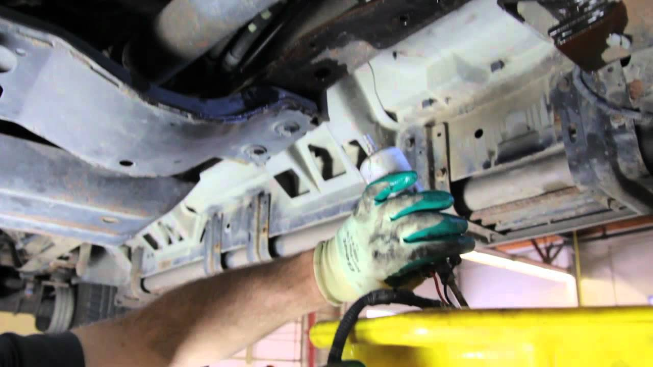 1995 ford f 350 7 3 fuel filter location