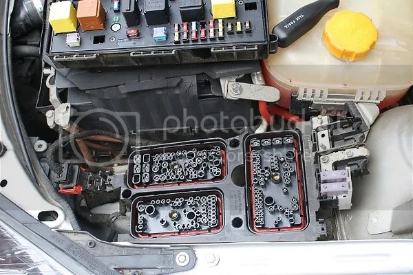 Astra H Alternator Wiring Diagram astra h water in fuse box wiring