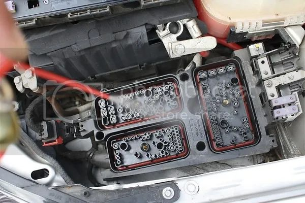 Astra G Fuse Box Removal - Auto Electrical Wiring Diagram on engine removal, transmission removal, fan clutch removal, tie rod removal, battery box removal, ignition switch removal, a/c compressor removal, breaker box removal, smog pump removal,