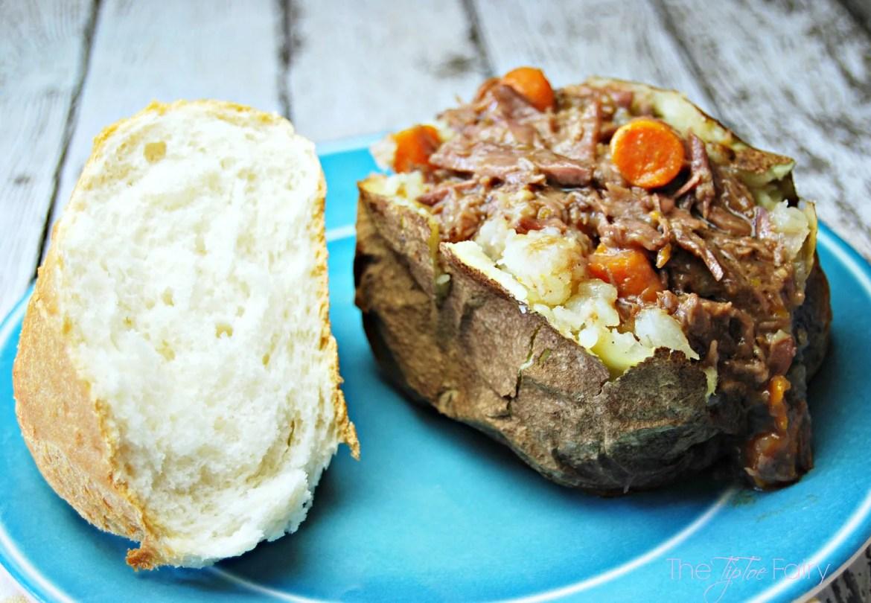 Slow Cooker Short Ribs Over Baked Potatoes   The TipToe Fairy #Labels4Edu  #shop #slowcookerecipes #beefrecipes