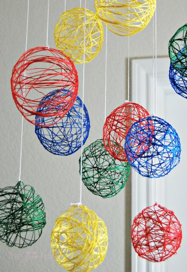 Embroidery Floss Mobile Tutorial | The TipToe Fairy #tutorial #nurserydecor #baby