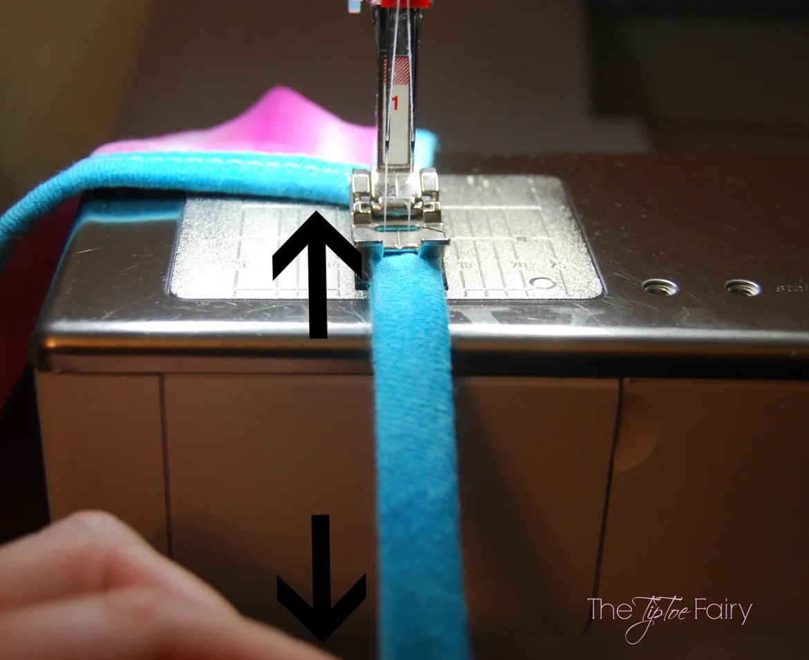 Sewing Tutorial for Knit Binding | The TipToe Fairy #sewingtutorial #tutorial #knitsewing #knitbinding