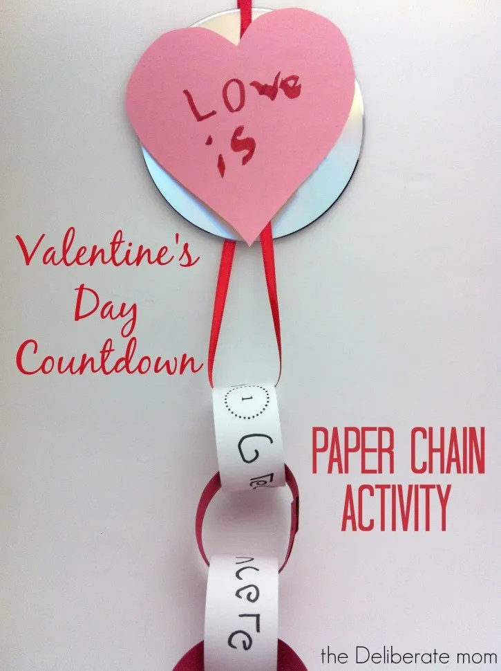 Valentine's Day Paper Chain Activity with optional Bible scriptures. http://thedeliberatemom.com
