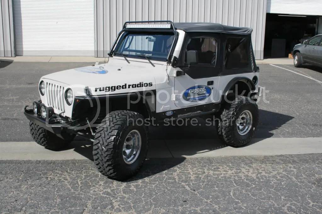 9739 Jeep Wrangler Built By Rugged Radios Pirate4x4com