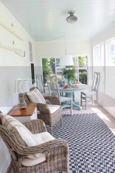 photo coastal_sunroom_reveal-400x600_zpsjifzmhgm.jpg