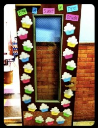 Classroom Reveal! {A LOT of Pictures!} - A Cupcake for the ...