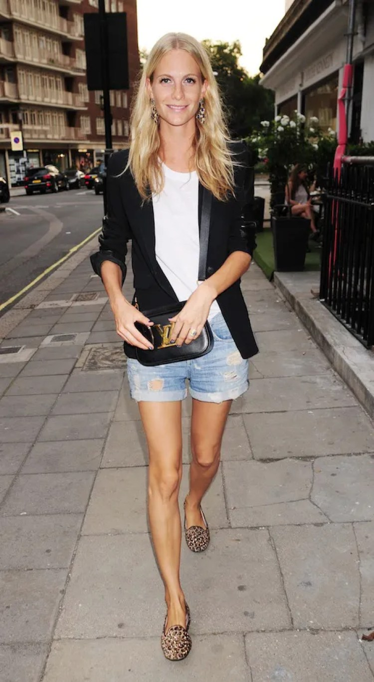 LE FASHION BLOG SPRING LOOK POPPY DELEVINGNE BLAZER AND CUT-OFF SHORTS LONDON STREET STYLE LEATHER SLEEVE BLAZER WHITE TEE TSHIRT DROP EARRINGS CROSSBODY LOUIS VUITTON BAG LV GOLD SYMBOL BUCKLE CUT OFF DISTRESSED DENIM JEAN SHORTS LEOPARD PRINT STUDDED LOAFERS SLIPPERS.jpg