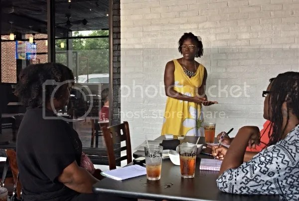 Saidah Washington speaking at the #NicheParent14 Pre-Conference Meet-Up in Columbia, SC on building an effective and profitable email list.