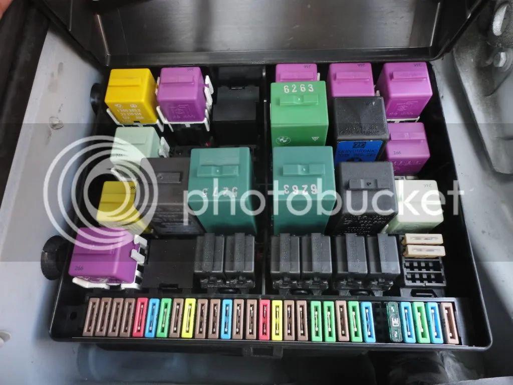1997 bmw 840ci fuse box