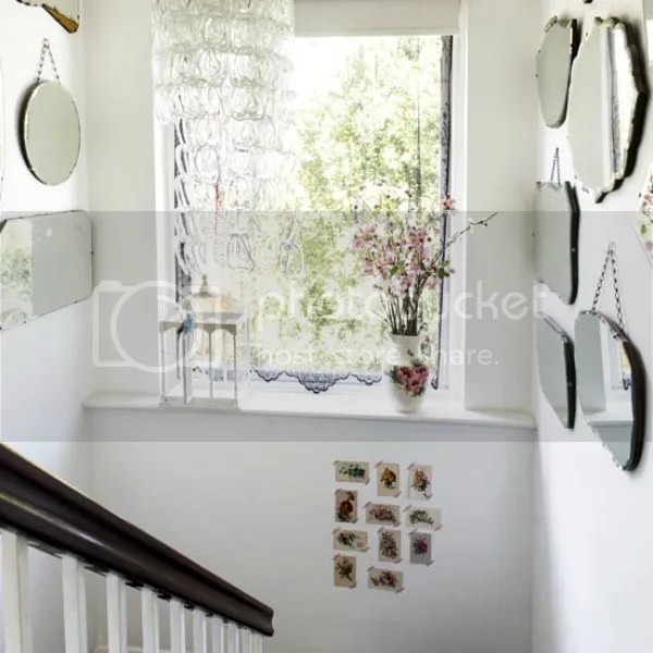 kent house tour stairs with mirrors