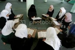 Membaca Qur'an, mencoba mengetahui kehendak Tuhan