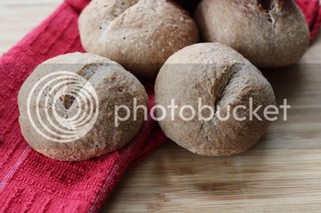 photo Wholemeal No-Knead Bread Rolls 3_zpswfejdjcs.jpg