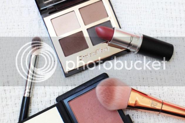 photo Graduation Makeup 10_zpskvfhxc1z.jpg