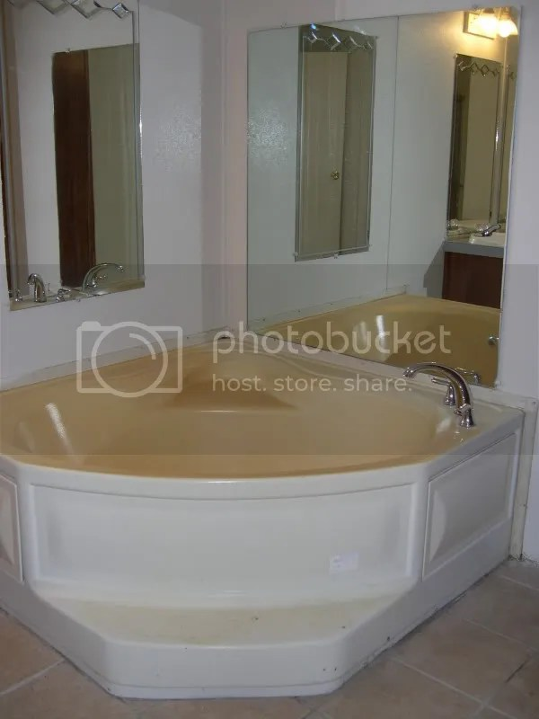 Pictures**Can This Bath Tub Be Painted? - Mobilehomerepair.Com