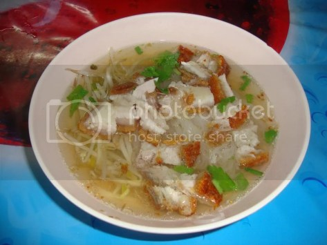 crispy pork noodle soup