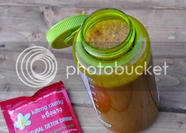 Kaeng Raeng Juice Cleanse