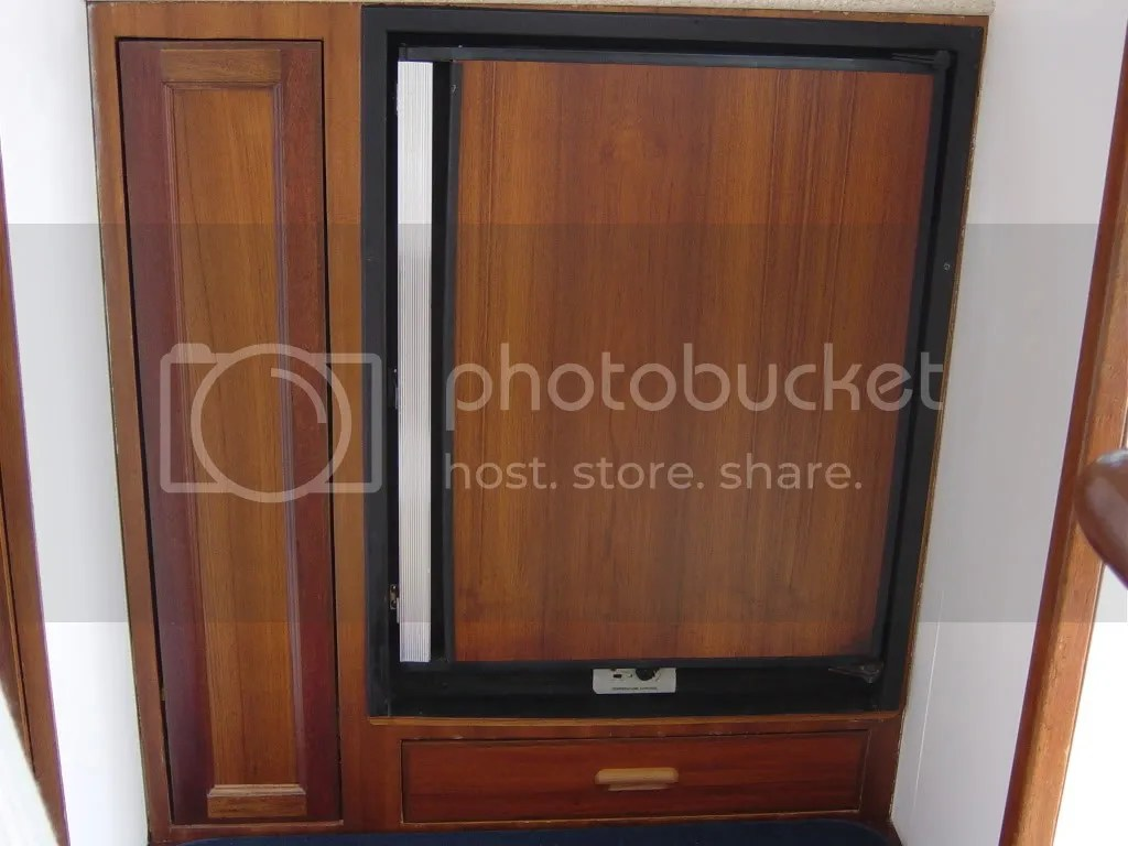 Kitchen Cabinet Doors Hull Bertram31 View Topic Bertram Interior