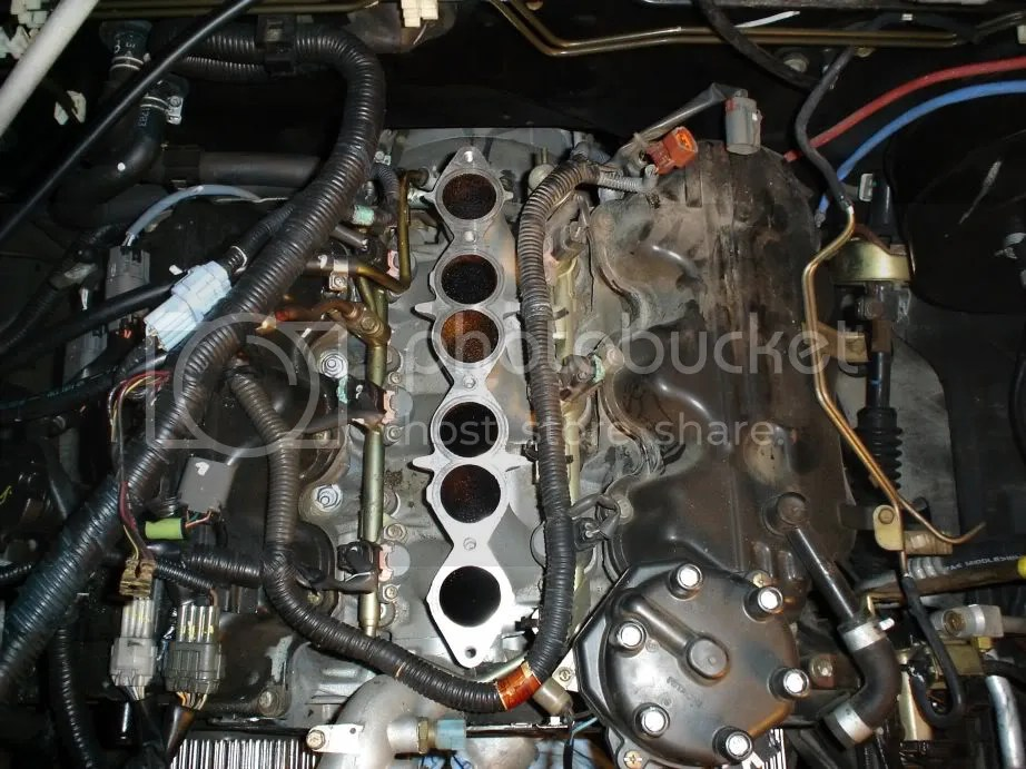 Removed VG33 intake manifold - Nissan Frontier Forum