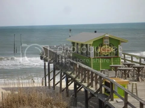 Raleigh to the NC Coast ~ Pictures (Carolina Beach: restaurant, shop