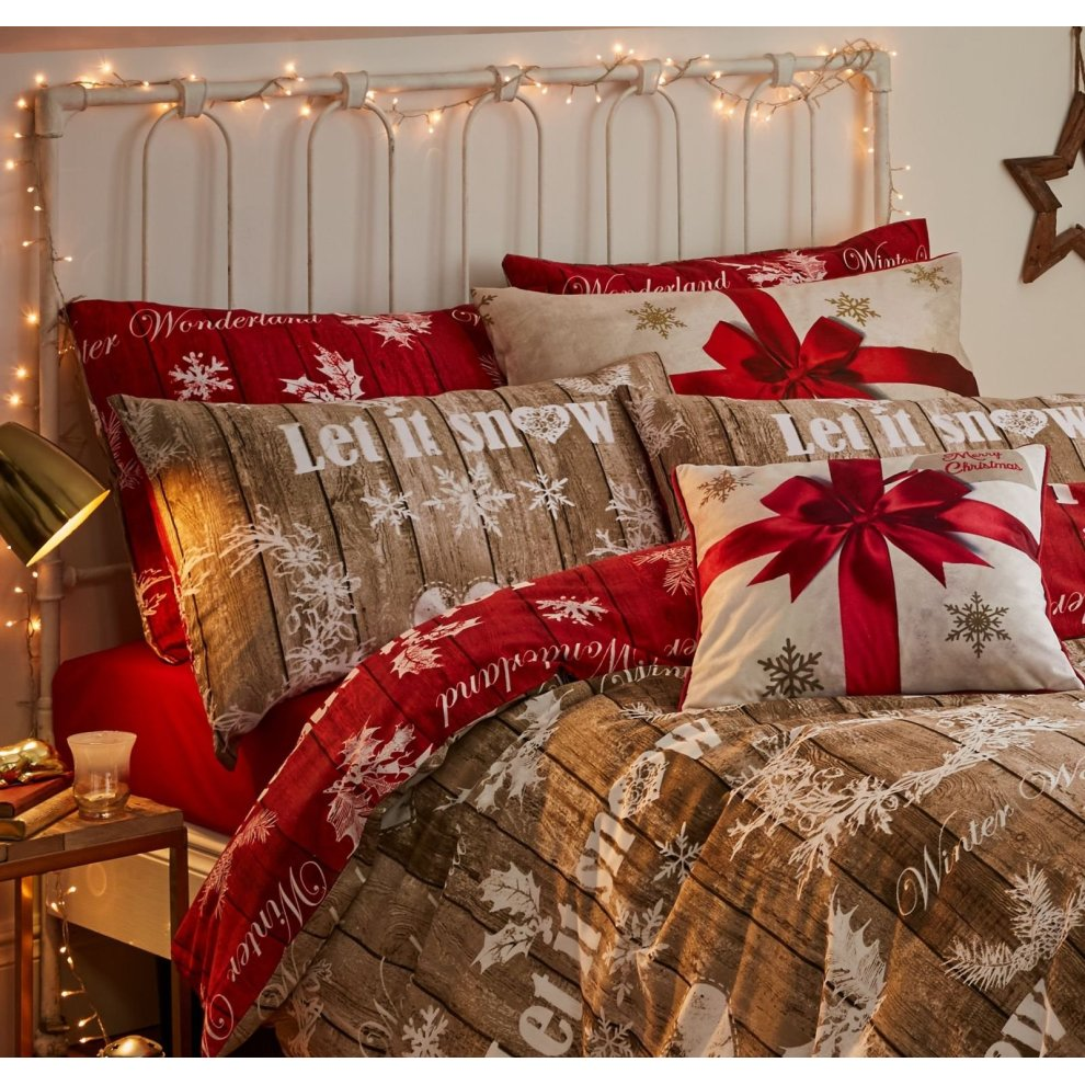 Catherine Lansfield Christmas Bedding Catherine Lansfield Christmas Garland Duvet Set Red Natural