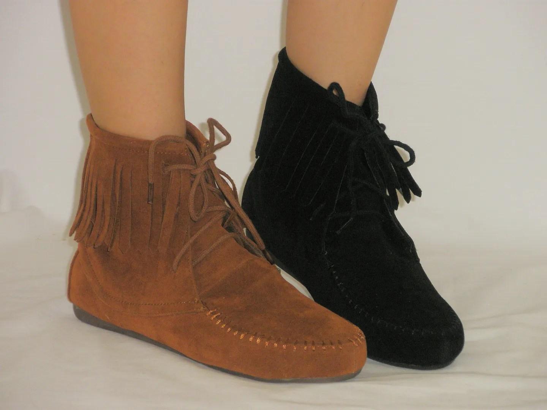 Cherokee Indian Suede Moccasin Fringe Tassel Flat Boots