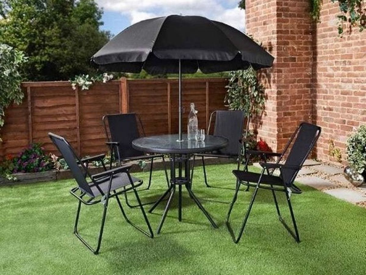 B M Slashes Price Of 60 Garden Furniture Set To Just 10 Daily Record - Morrisons Garden Furniture Clearance