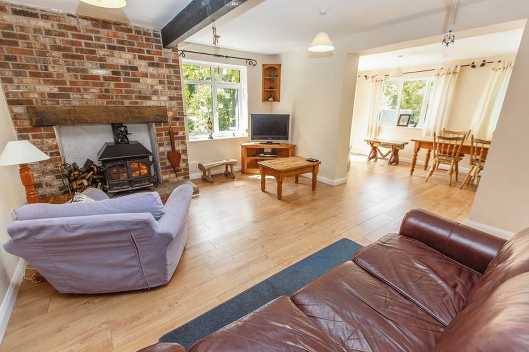 Sofa Gumtree Paignton Take A Look Around This Fantastic House Hidden In A Devon Forest