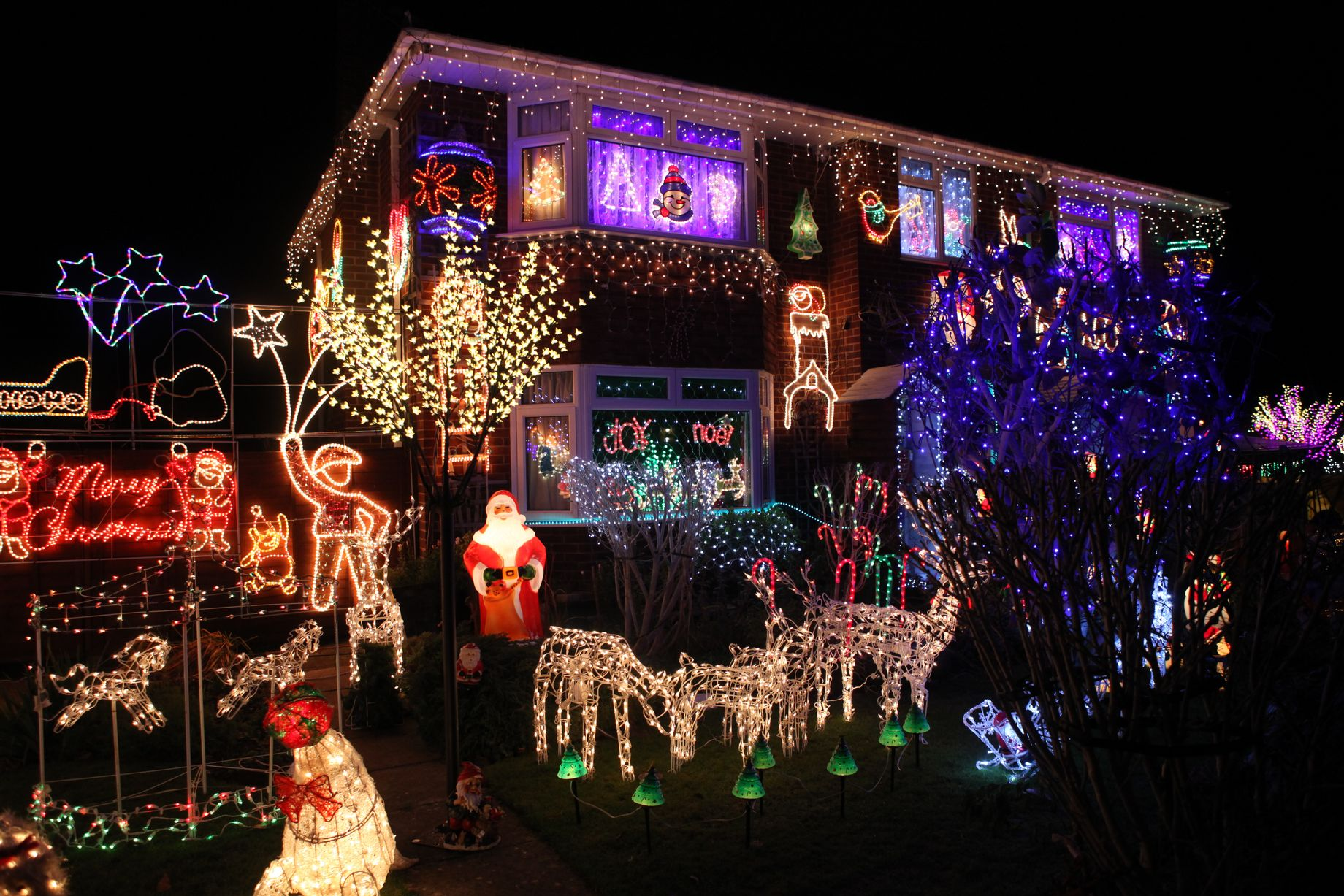 Brilliant House In Pictures Gloucester S Best Christmas House Has Its Lights On
