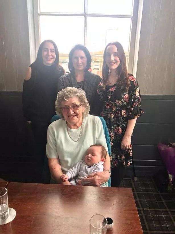 We can\u0027t believe it\u0027 - family celebrates five generations - 5 generations