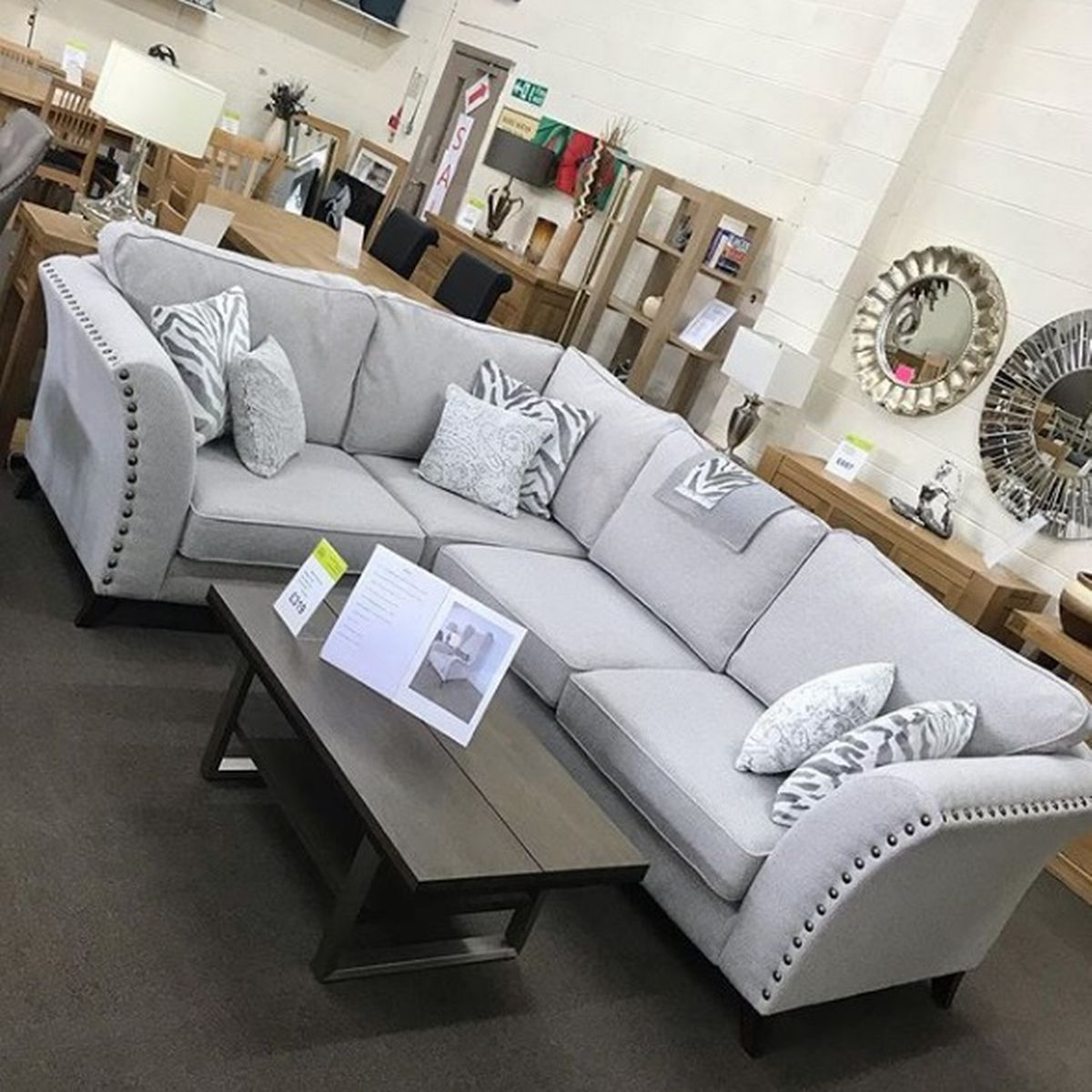 Merseyside Store Selling Discounted Furniture From Laura Ashley And Other High Street Stores Liverpool Echo